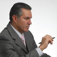 Dr Héctor René Hazbón